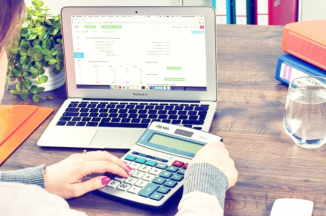 automate your business by hiring an accountant