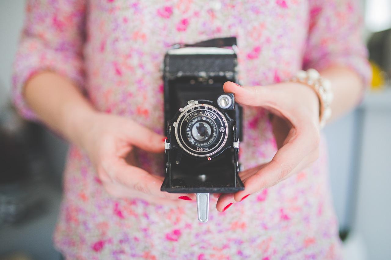 camera-791151_1280